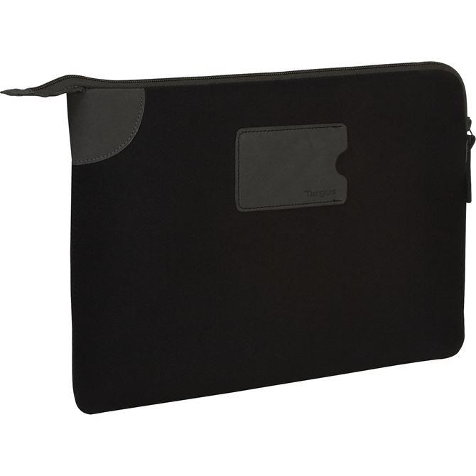 15 banker sleeve for macbook pro tss25101us black sleeves targus. Black Bedroom Furniture Sets. Home Design Ideas